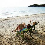 Mau Lebih Produktif? Mesti Santai Kayak di Pantai